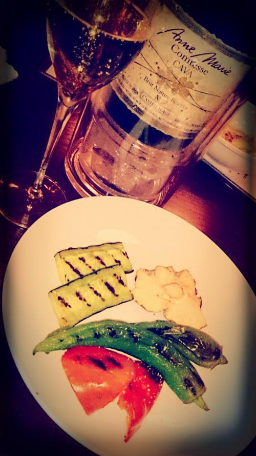 有機野菜と自然派ワインの店「ナチュレルモン」