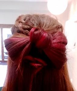 ピンクカラー リボンヘア